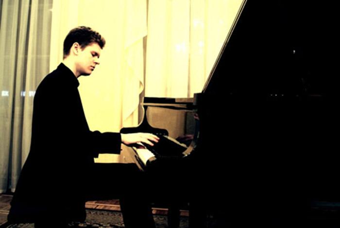 16 марта в зале Областной филармонии выступит лауреат международных конкурсов пианист Кирилл Прокопов