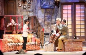 Спектакль «Играем в дружную семью»
