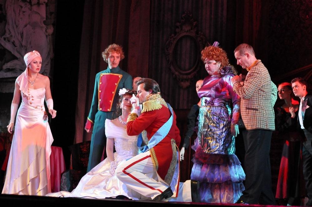 В Калужской областной филармонии выступят звёзды театра «Московская оперетта»