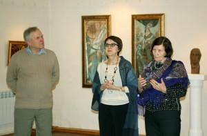Слева направо: Владимир Обухов, директор КМИИ Наталья Марченко, директор ТХМ Марина Кузина калуга
