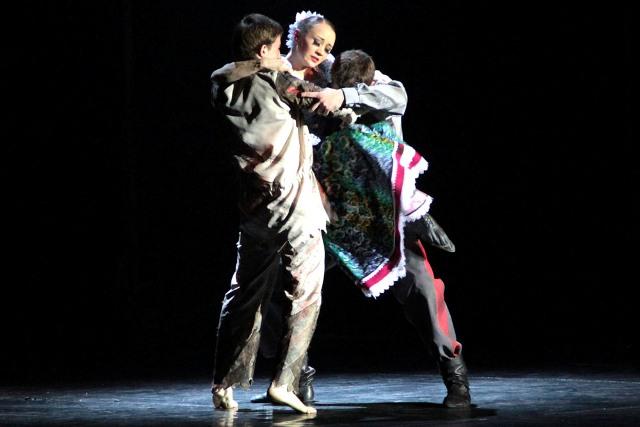 28 марта в Калуге покажет спектакль Государственный театр танца «Казаки России»