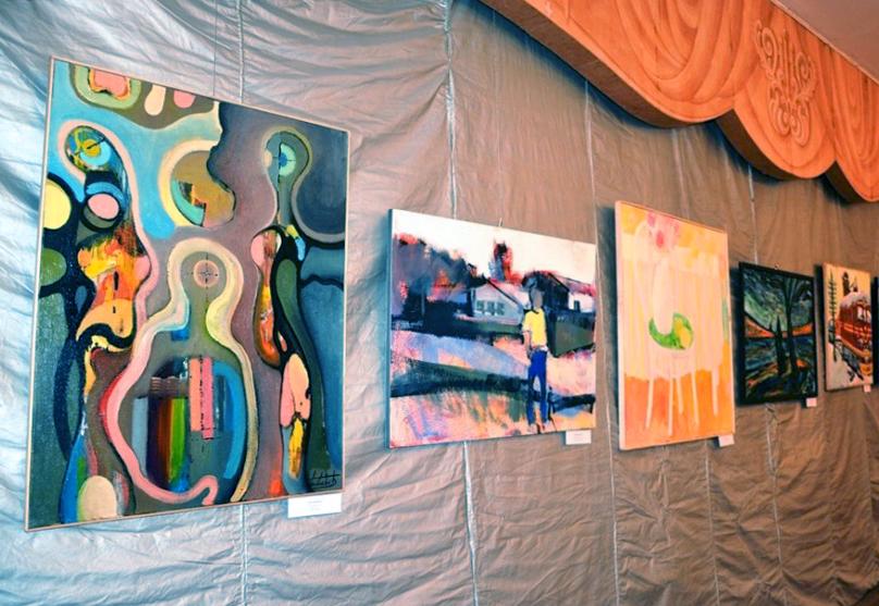 В Калужском музее изобразительных искусств открылась передвижная выставка Санкт-Петербургского Творческого Союза Художников