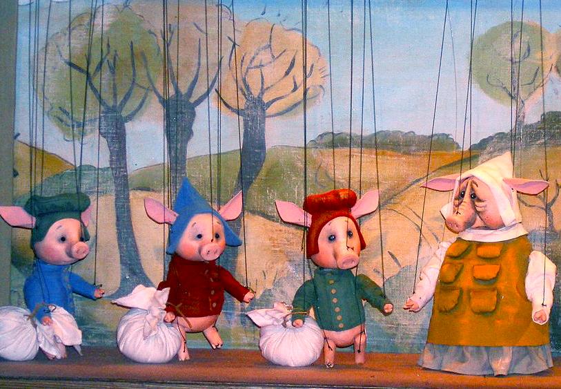 Калужский театр кукол представил премьеру «Три поросёнка»