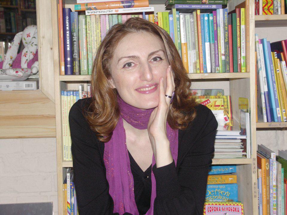 Наринэ Абгарян. «Манюня». Литературный обзор от Централизованной библиотечной системы Калуги