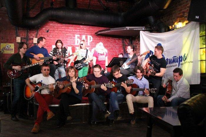Калужские гитаристы вновь примут участие в гитарном рекорде Гиннесса и сыграют «Hey Joe»