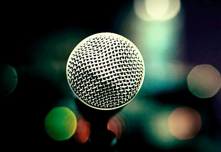 Культурный проект «Поэтическая Среда» приглашает выступить на «Свободном микрофоне»