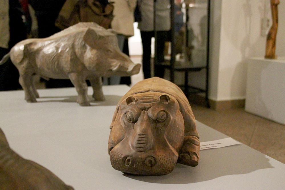 В галерее Дома музыки открылась выставка памяти Владимира Чупруна