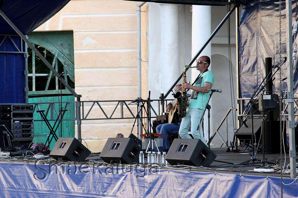 Фестиваль «Летний Джем» в этом году пройдёт на площадке в ансамбле Гостиного двора