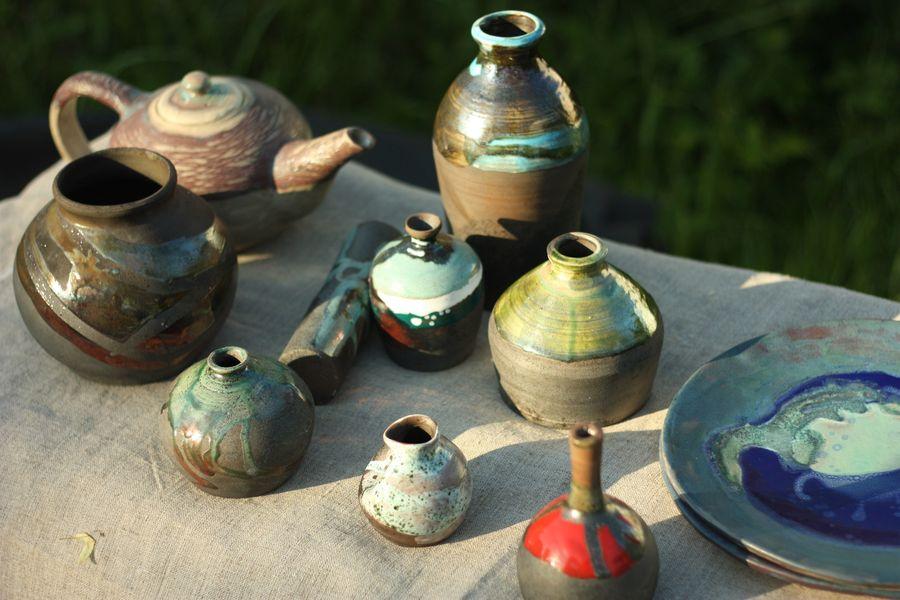 В Доме мастеров работает выставка авторской керамики