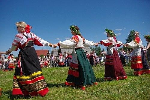 19 июня в Центральном парке пройдёт народное гуляние «Праздник Святой Троицы»