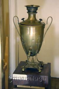 Калужские купцы любили пить чай из тульских самоваров с калужским пряником калуга