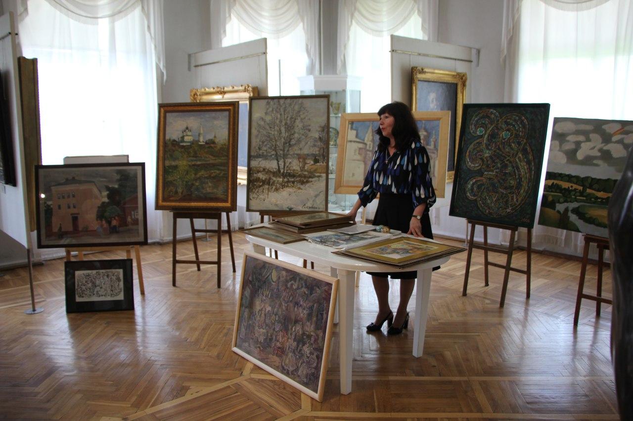 Фонды КМИИ пополнились работами калужских, московских, санкт-петербургских и кубинских художников