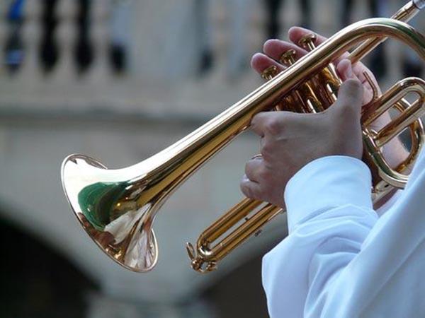 Губернский духовой оркестр приглашает на «Вечерний променад» в Гостиный двор