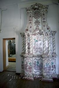 Изразцовая печь 1769 года в музее калуга
