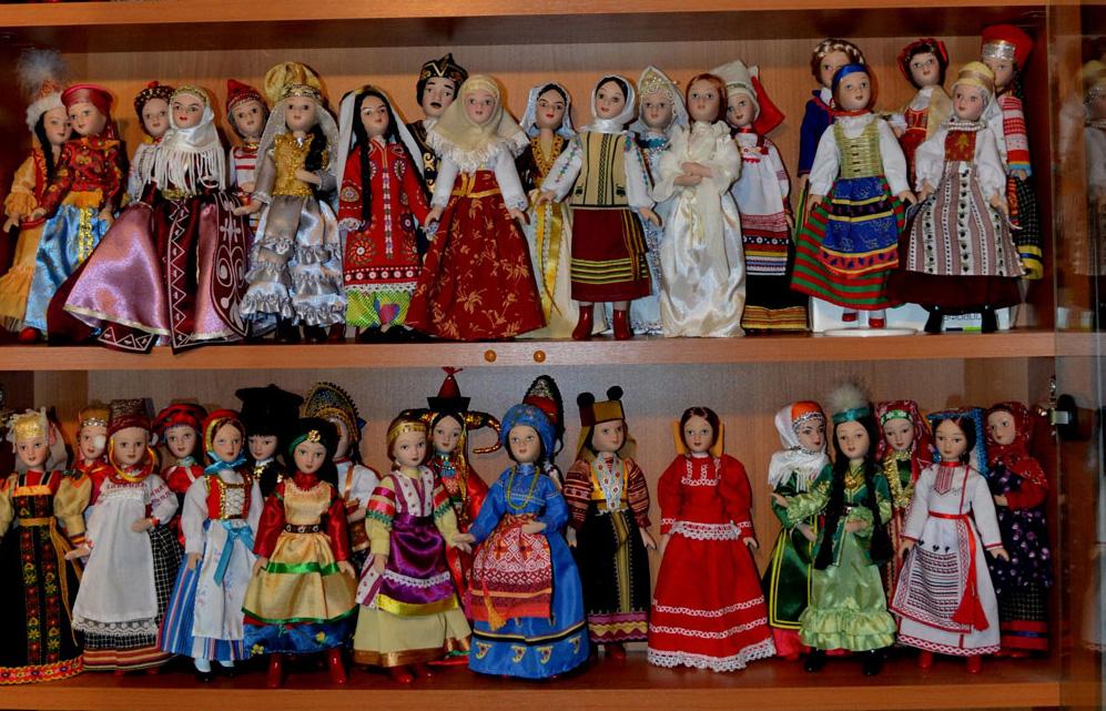 В Доме мастеров проходит выставка кукол народов мира