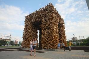 """""""Пермские ворота"""". Источник http://premiya.arhiwood.com/ калуга"""