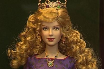 В Калужском музее изобразительных искусств расскажут об истории моды в куклах