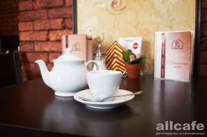 """А также в кофейне """"Синьор Капучин"""" - много хорошего чая калуга"""