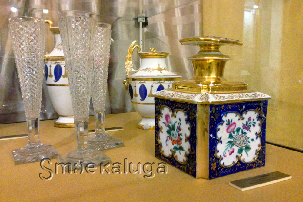 Музей онлайн: История фарфора в коллекции Калужского объединённого музея-заповедника