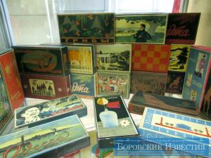 """В экспозиции (коллекция спичечных коробков """"Плитспичпром"""") калуга"""