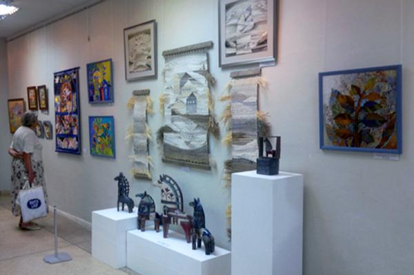 В Доме художника открыта выставка декоративно-прикладного искусства «Цветень»