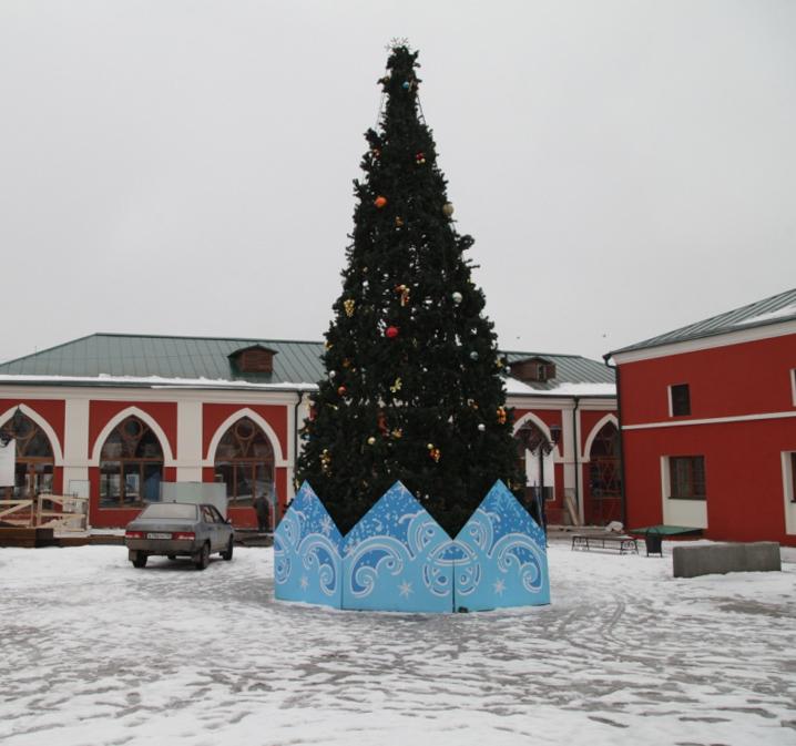 Калугу украсят 25 больших новогодних ёлок