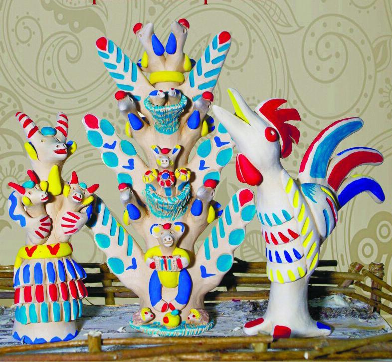 В Доме мастеров открылась выставка хлудневской игрушки потомственного мастера Виктора Трифонова