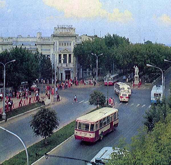 В Калуге вышла книга об истории улицы Кирова