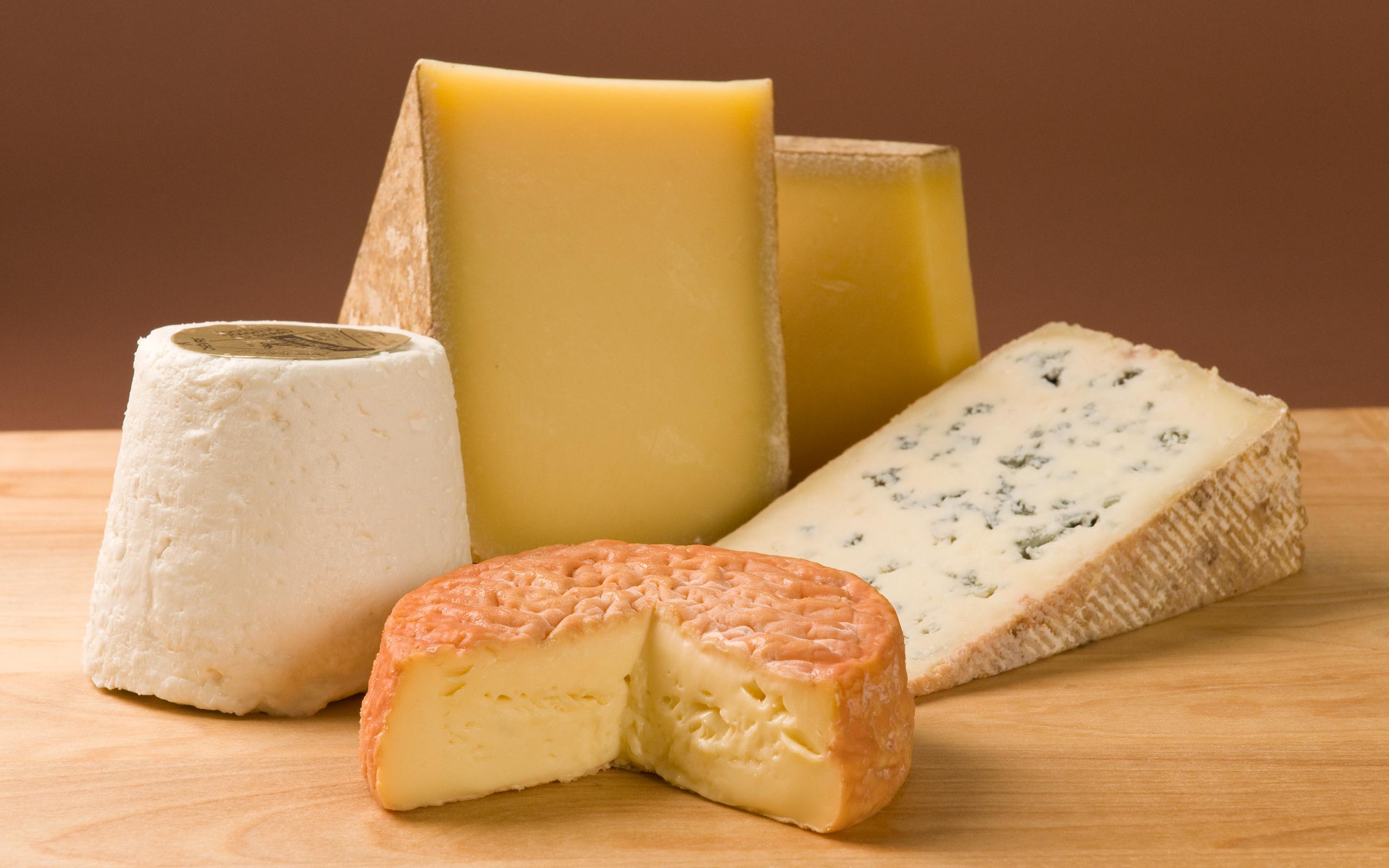 Первый калужский сырный фестиваль на рынке «Калуга» (Грабцевское шоссе, 4б)