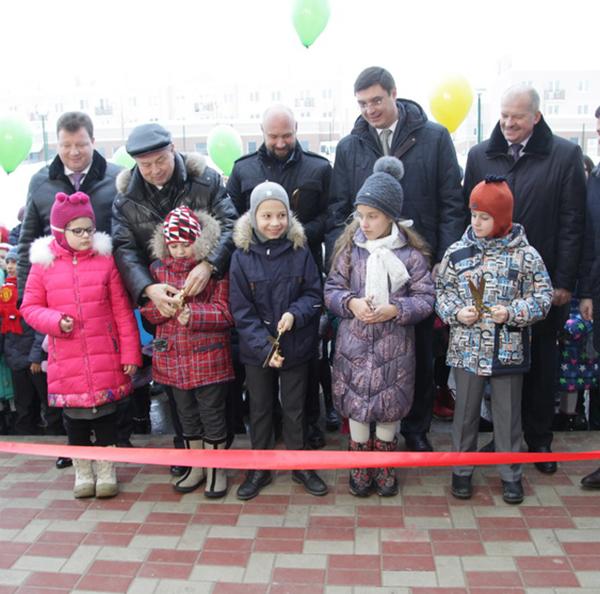На Правобережье открыли самую современную школу Калуги