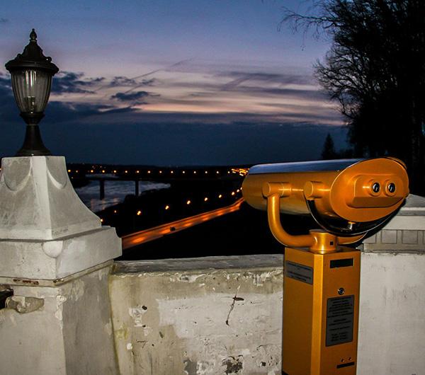 В Центральном парке культуры и отдыха установили первый в Калуге биноскоп