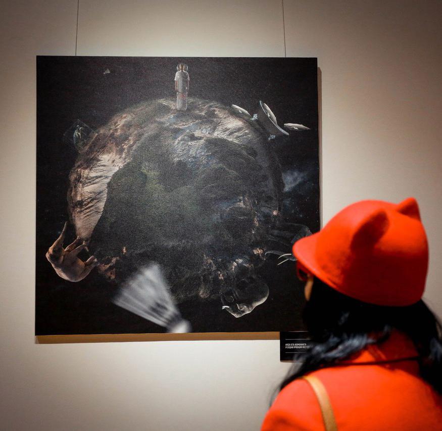 В Инновационном культурном центре открылся фотопроект Павла Астрахова «Странник»