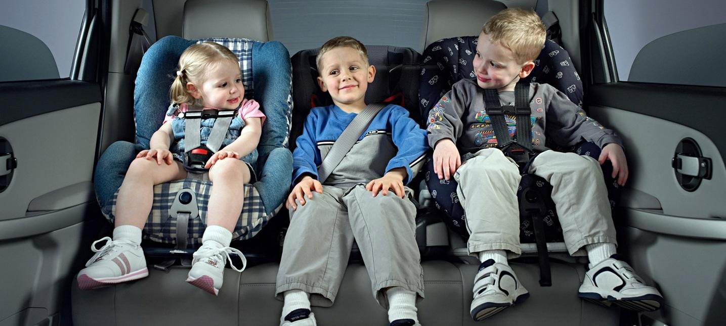 ВС разрешил перевозить детей без автокресел