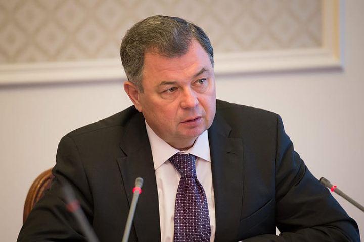 Анатолий Артамонов поднялся на 12 место в рейтинге губернаторов