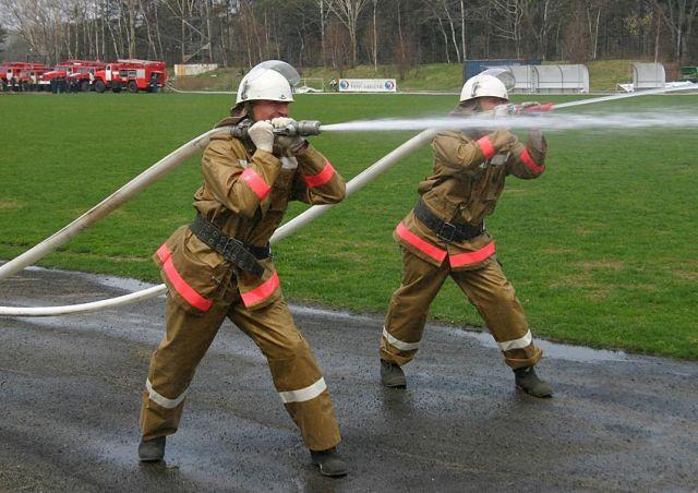 В Калуге стартовал чемпионат по пожарно-прикладному спорту