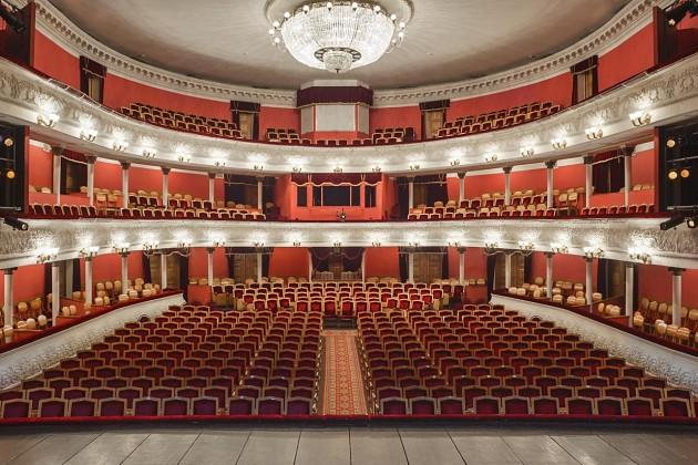 Калужский драмтеатр закрывает 240-й театральный сезон