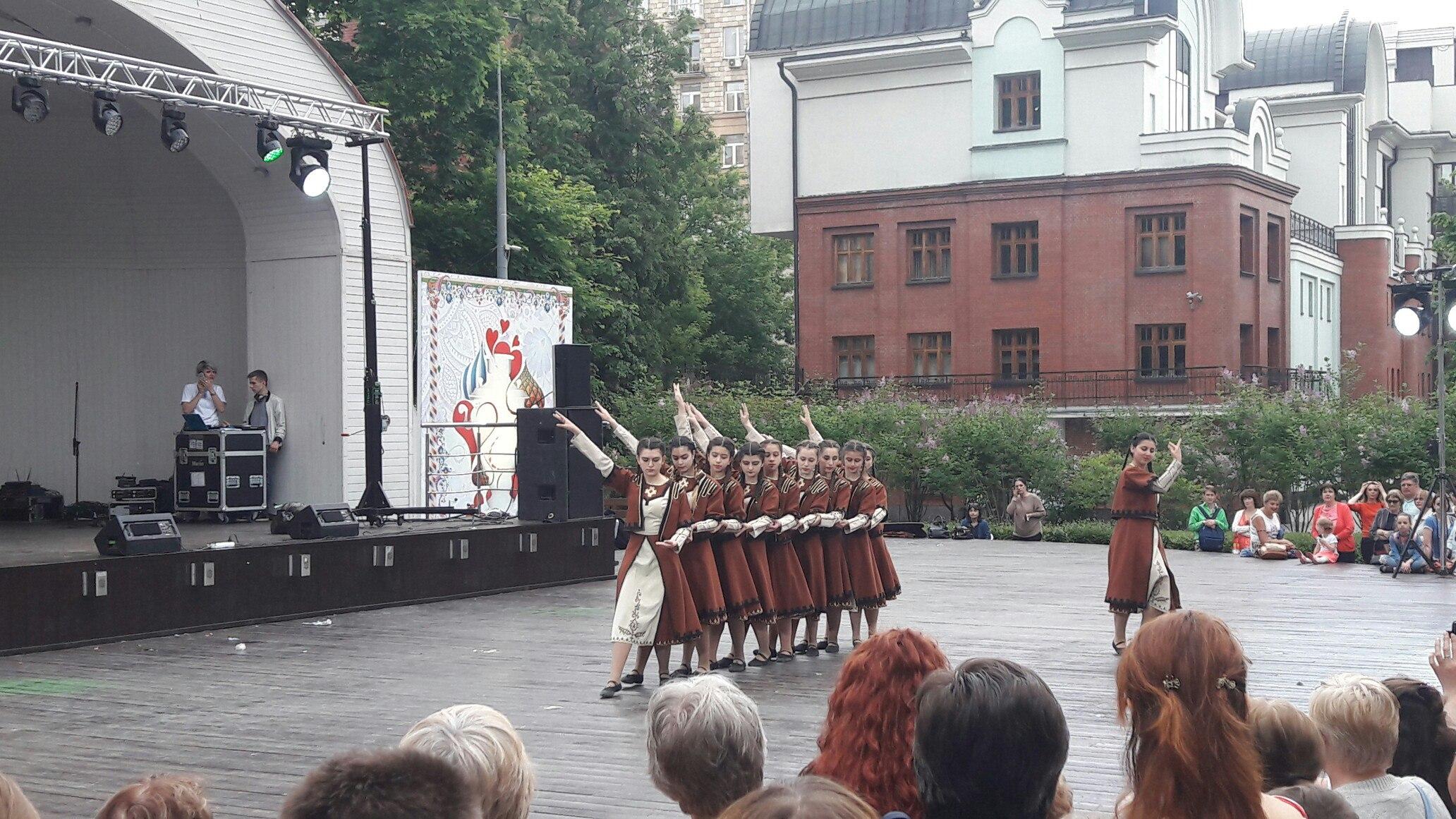 Калужане приняли участие в фестивале русского гостеприимства