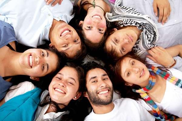 Сегодня празднуется Международный день друзей