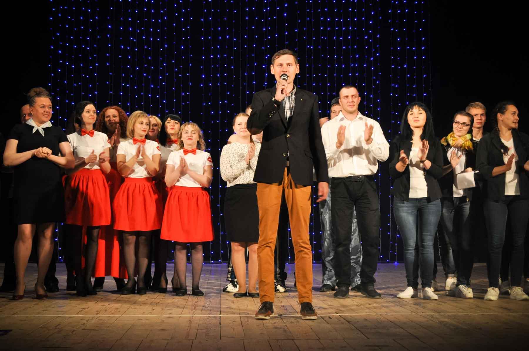На сцене Областного молодежного центра прошел фестиваль КВН