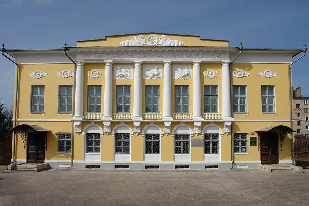 Акция «День дарения» пройдет в стенах Калужского музея изобразительных искусств