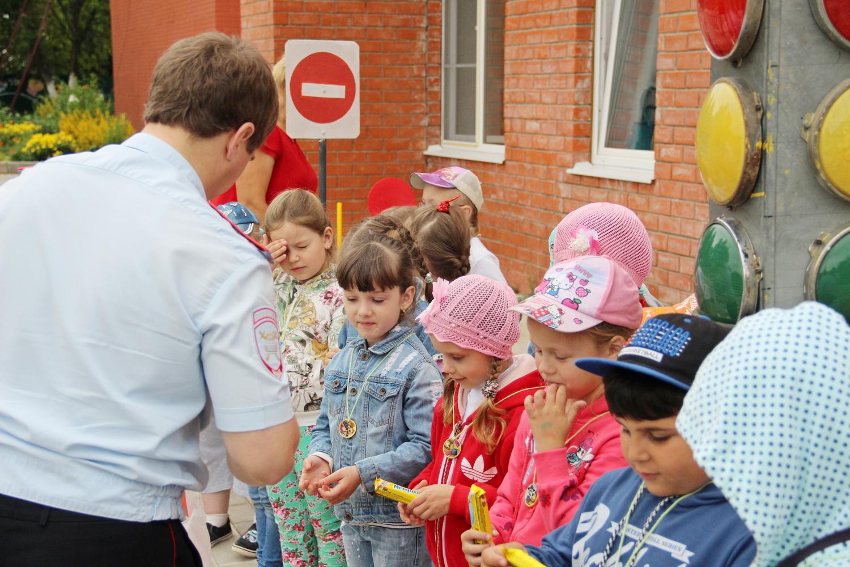 Сотрудники калужской Госавтоинспекции провели уроки юного пешехода