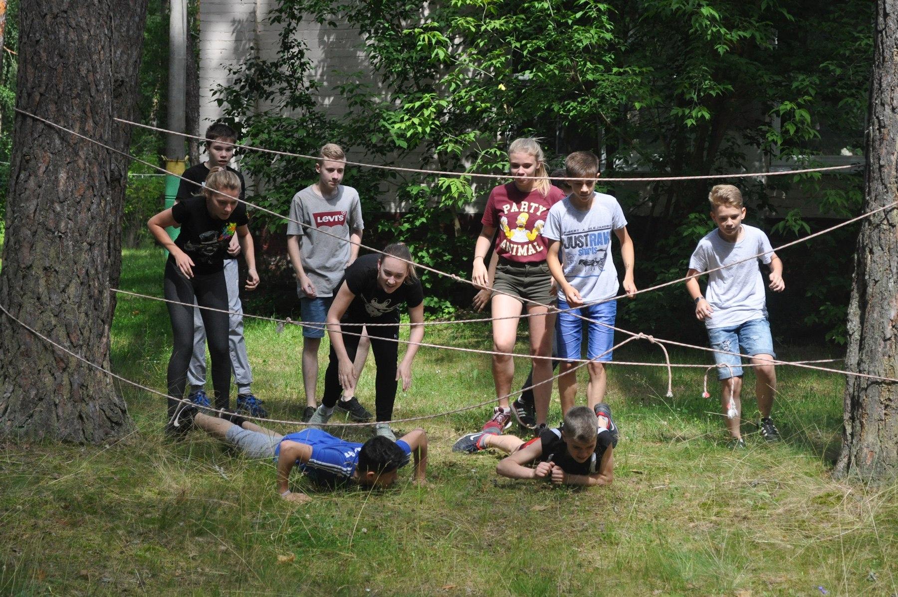 Калужские школьники поучаствовали в военно-тактической игре
