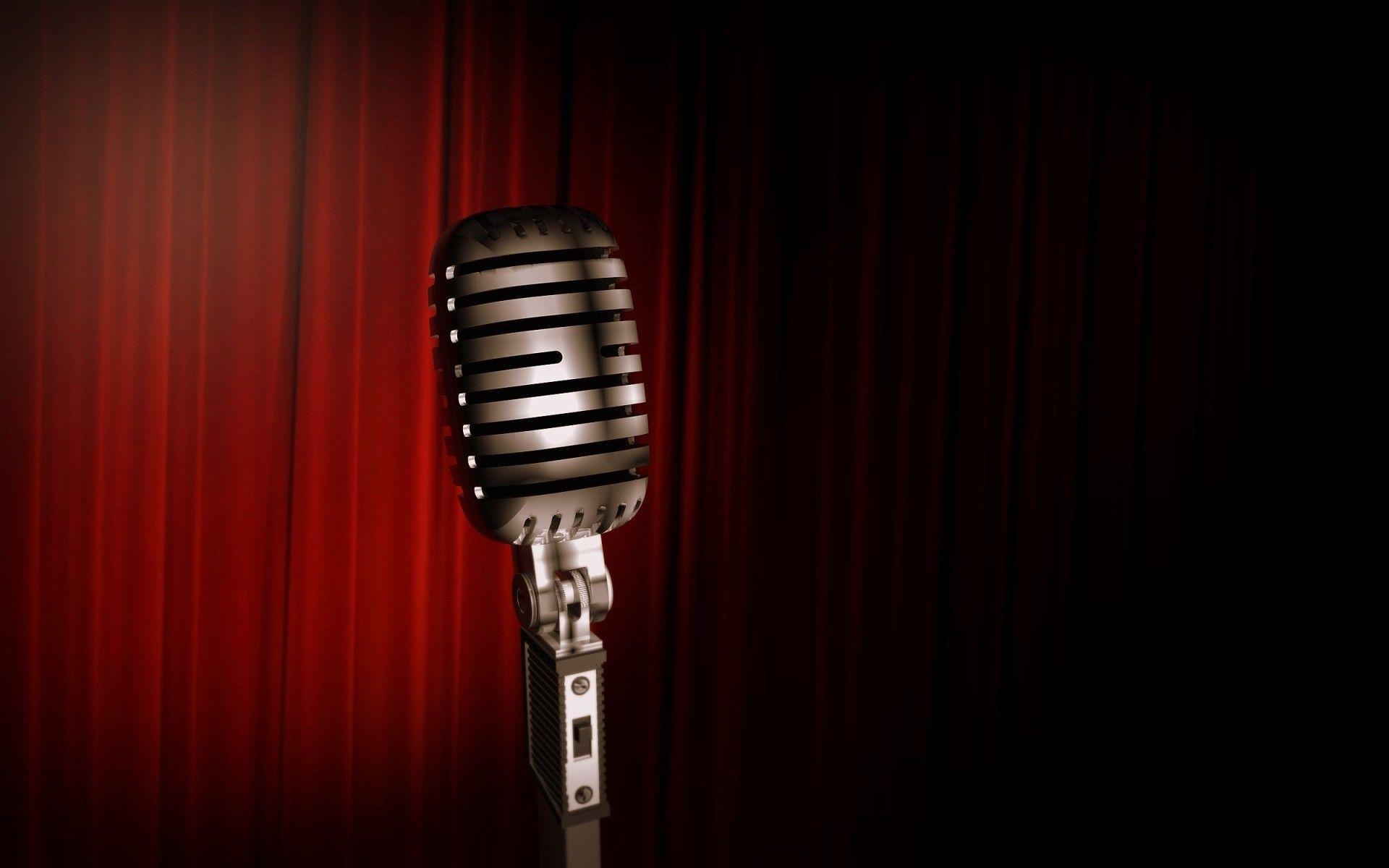 В Калуге в очередной раз прошел «Открытый микрофон»