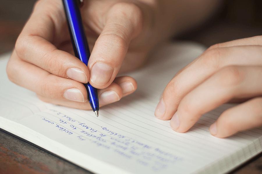 Калужские школьники написали итоговое сочинение