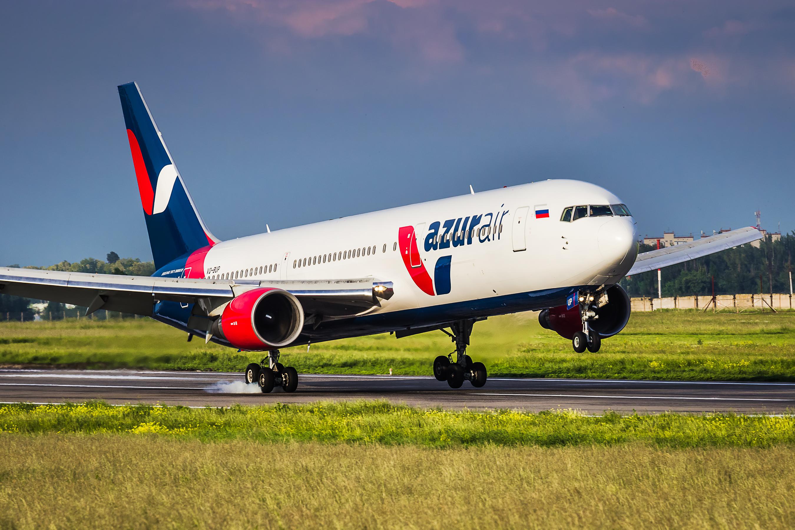 Авиакомпания AZUR air начнёт полёты из Калуги в Анталию
