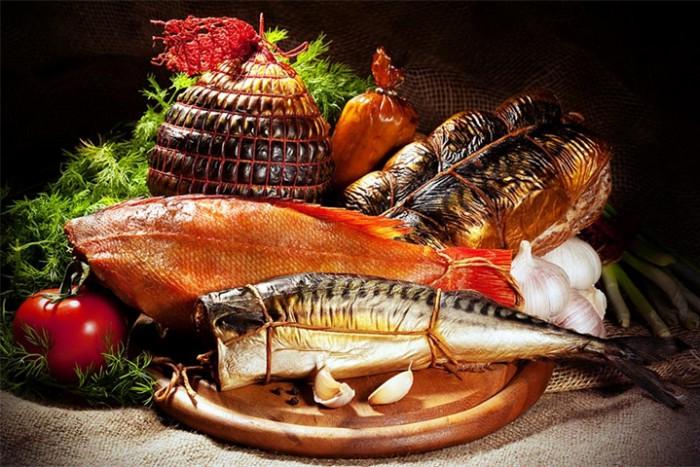 На улице Театральной открылся рыбный фестиваль