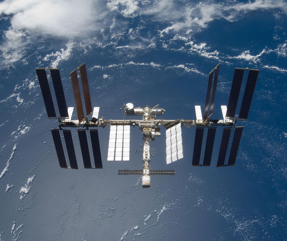 На почте отметят 20-летие Международной космической станции