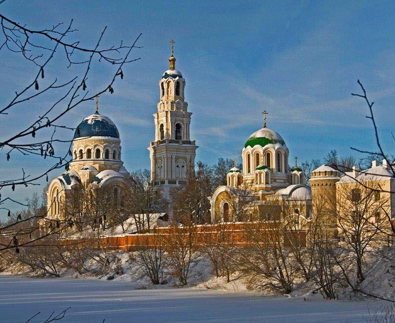 В Калужской Свято-Тихоновой пустыни отметили 25-летие возрождения монашеской жизни в монастыре