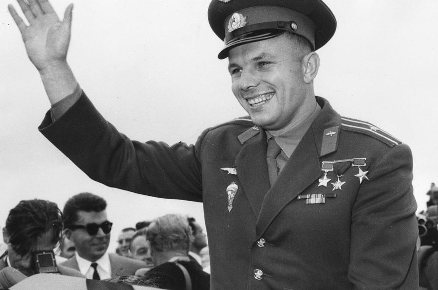 В Калуге отмечают 85-летие Первого космонавта Земли