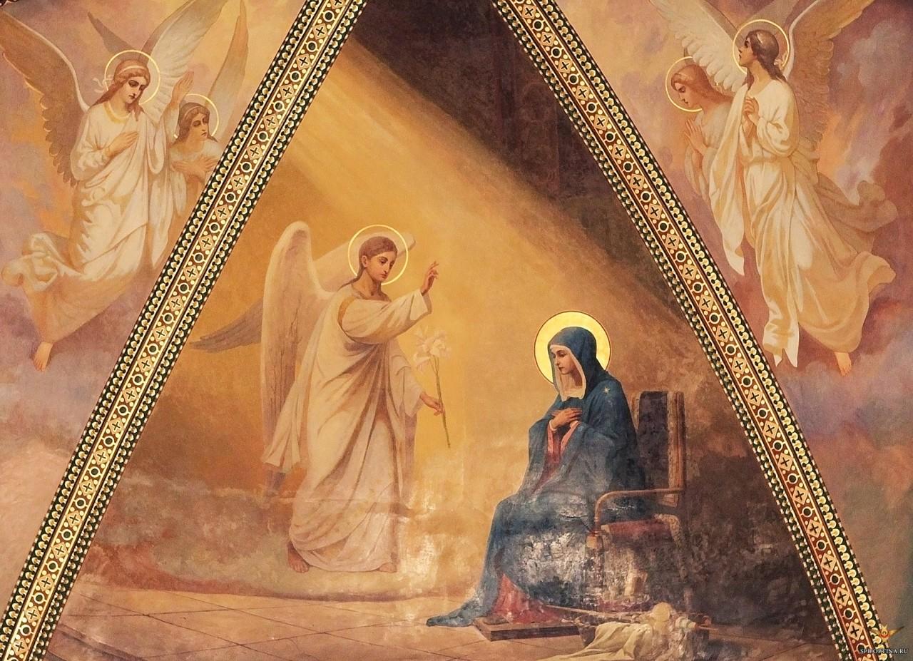 В Свято-Троицком соборе прошли служения в честь праздника Благовещения